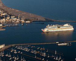 Willkommen zurück: AIDAdiva eröffnet Kreuzfahrt-Saison in Warnemünde